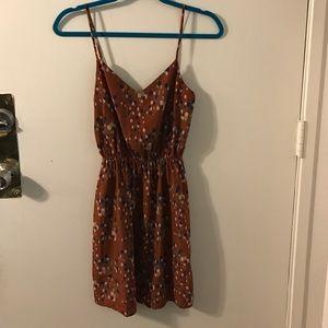 Dresses & Skirts - Brown spaghetti strapped dress