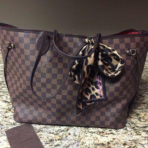 Louis Vuitton Handbags - Louis Vuitton Neverfull GM {Pls Read description}