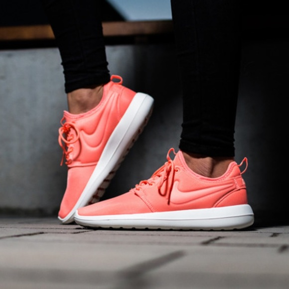 online store d1cbc 4c8fe ... NIKE Roshe Two ~ orange ~ size 10. M 587b2e2f5a49d0f5be076154