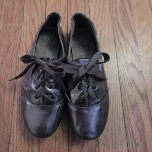 Dark Silver Oxford Flats Sz 7