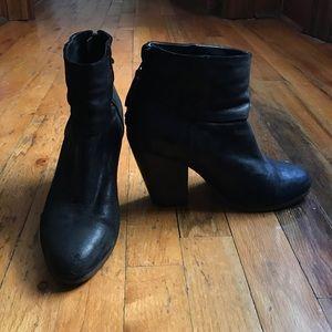 RAG & BONE NEWBURY BOOT/ 37 / BLACK WAXED SUEDE