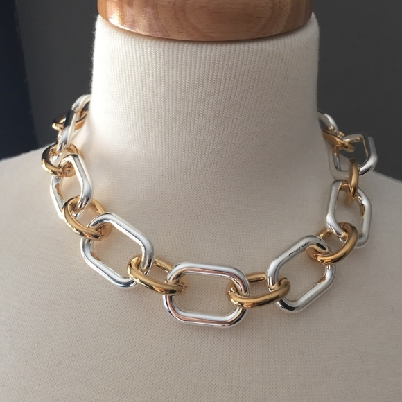 efa5e2a2b477 NWT Silver and gold chunky chain link necklace