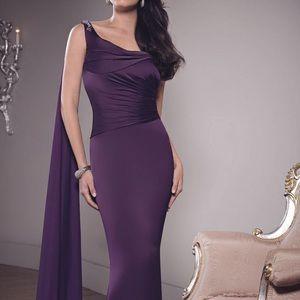 VM Dresses & Skirts - Chianti VM Dress. New with Tags 👗👗