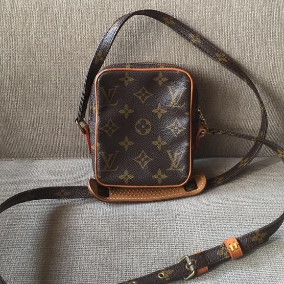 cf9b81c627ff Louis Vuitton Handbags - Louis Vuitton mini Danube