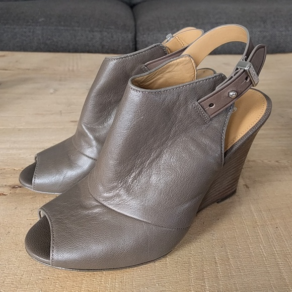 Coach Logo Peep-Toe Wedges find great for sale outlet low price fee shipping free shipping amazon uZzWWEA