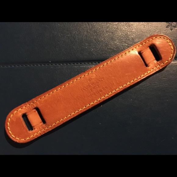 3294278c2dfc Authentic Louis Vuitton shoulder strap pad