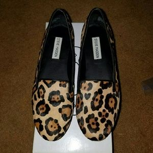 Steve madden leopard loafers made with calf hair