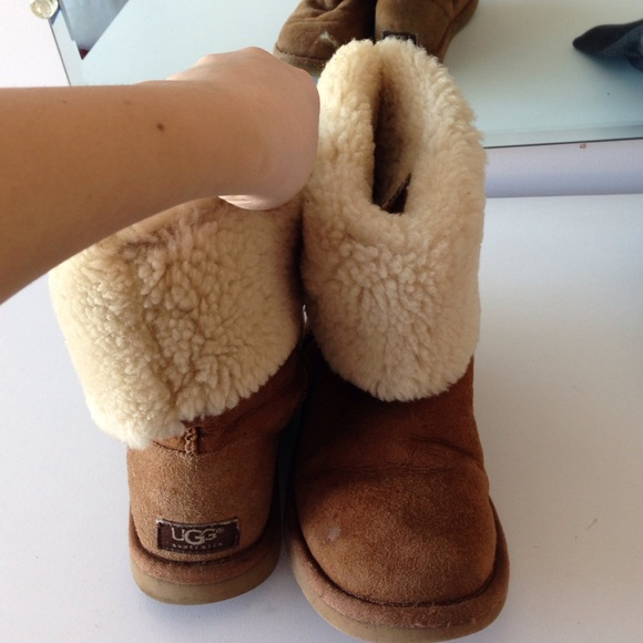 USED WORN CHESTNUT TALL CLASSIC UGG AUSTRALIA BOOT