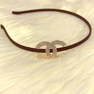 Coco Beautiful & Classy Diamond Detailed Headband