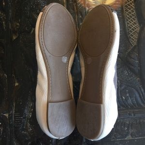 Banana Republic Shoes - Banana republic snakeskin flats