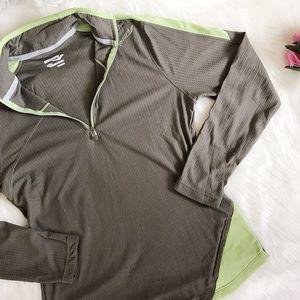 Saucony Jackets & Blazers - Saucony running light weight jacket