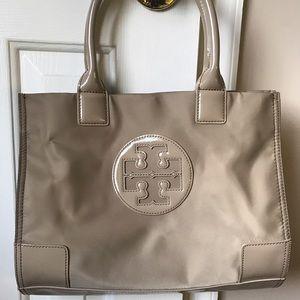 Handbags - Tory burch bag