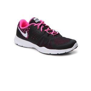 Brand new Nike training core motion sneaker