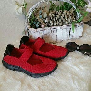 bernie mev. Shoes - Vibrant Red Handwoven Bernie Mevs