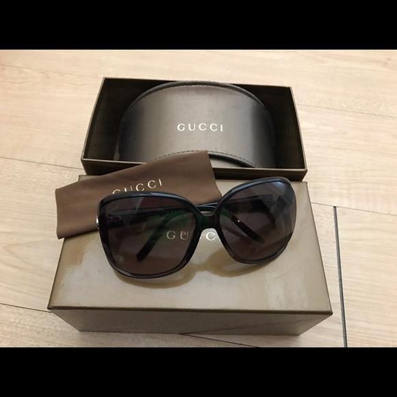 33a2b55c790 Gucci Accessories - Gucci Sunglasses Heart Logo