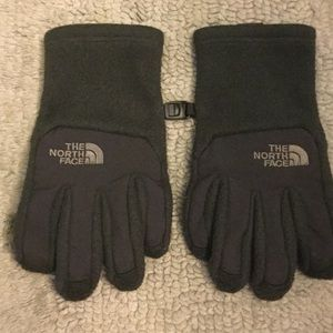 The North Face Other - The North Face Youth Black Gloves