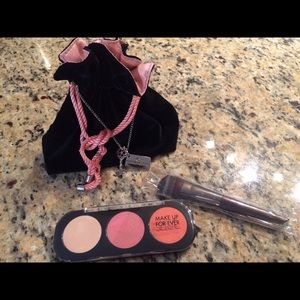 Makeup Forever Other - Makeup 💄 forever blush palette