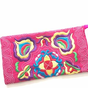 Handmade Handbags - New Pink Handmade Embroidered Wristlet