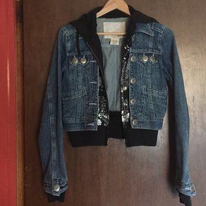 Jackets & Blazers - Junior's Hoodie Jean Jacket EUC Looks Like 2Pieces