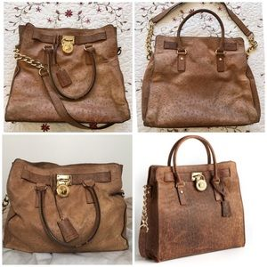 Michael Kors Handbags - Michael Kors Large Hamilton distressed leather bag