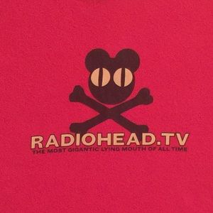 RADIOHEAD band tour tee shirt unisex MEDIUM red