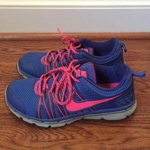 NIKE flex trail 2 sneakers