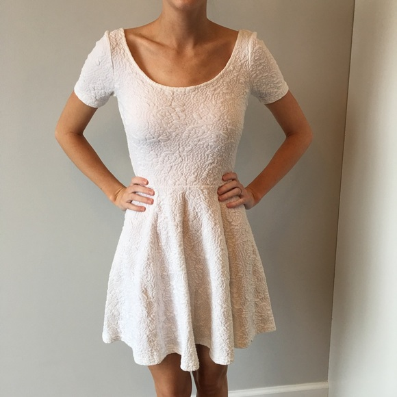 8e4573a6f826 H M Dresses   Skirts - White textured skater dress