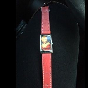 Adorable Marilyn Monroe red watch ⌚️