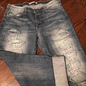 KanCan boyfriend jeans