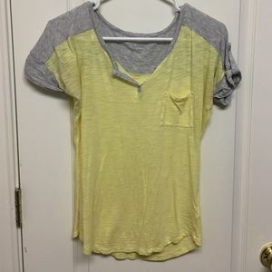 Express v neck yellow and gray