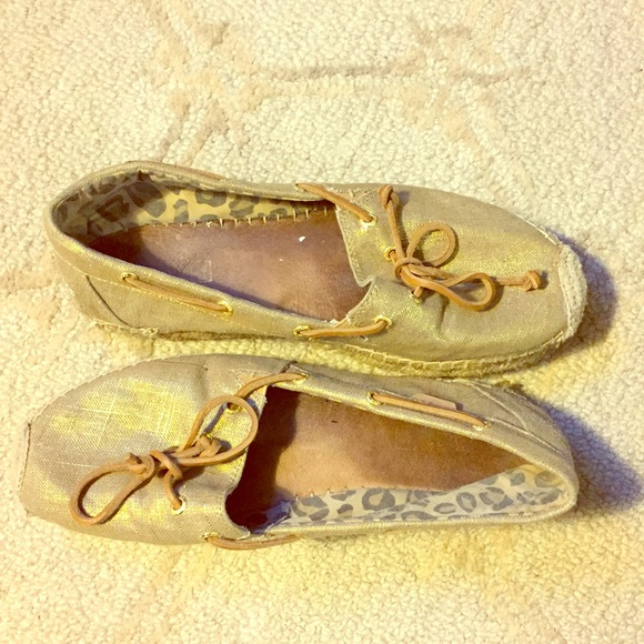 Sperry Shoes - SPERRY GOLD CANVAS ESPADRILLES