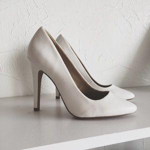 Shoes - LAST • Asos White Pumps •