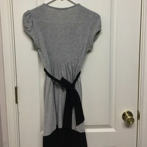 Dresses - Gray black print dress