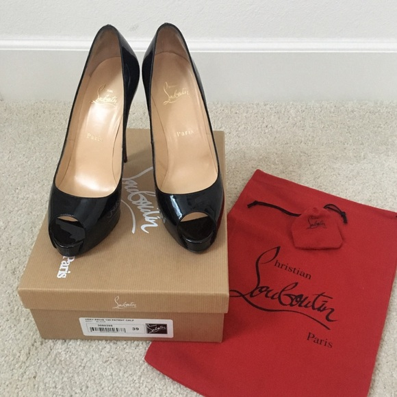 size 39 in christian louboutin
