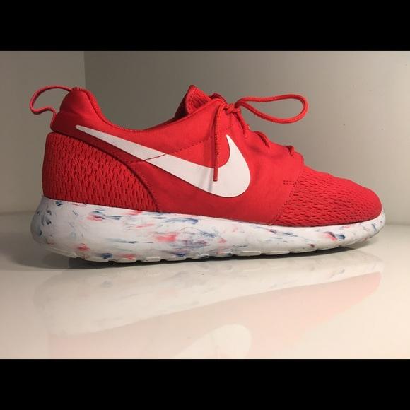ef1d03fbe4a0 Men s Nike Roshe Run
