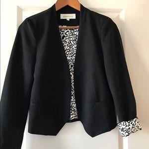 Very cute black blazer