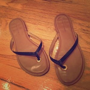 Banana Republic black patent leather sandal size 7
