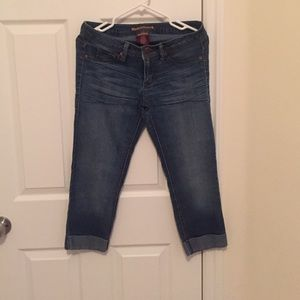 Denim - Cropped high waisted jeans