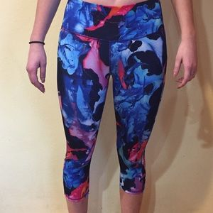 Athleta cropped running tights, size S