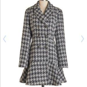 CoffeeShop Jackets & Blazers - Gray houndstooth peplum pea coat!