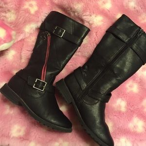 Other - Kids black boots/hot pink zipper