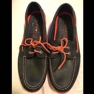 Men's leather Sperry loafers
