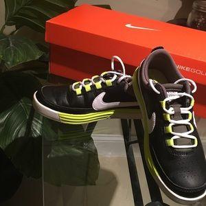 Nike Other - Children's Nike VT Junior