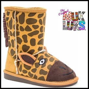 Muk Luks Other - ❗1-HOUR SALE❗MUK LUKS Boots VEGAN Shearling Lined