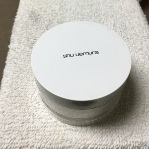 Shu Uemura Other - Shu Uemura colorless face powder NWOT