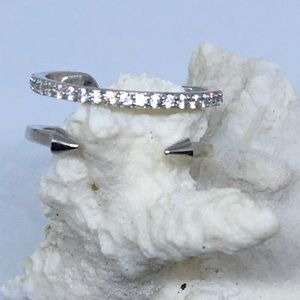 Jewelry - Sterling and diamond ring