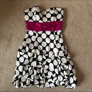 black, white & fuchsia dress | Macys