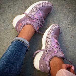 Nike Shoes - NWOB 💕 NIKE AIR HUARACHE women's sizes