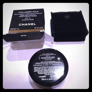 CHANEL Other - CHANEL VITALUMIERE AQUA- cream compact makeup BNIB