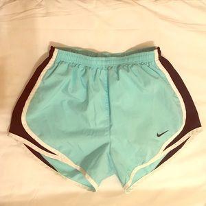 XS Nike tempo shorts